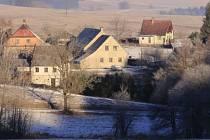 Mutkov, nejmenší obec na Olomoucku, která má přibližně 50 obyvatel.