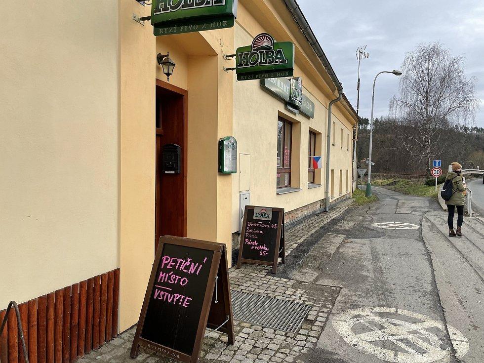 Rebelující hospoda U Ervina v Hlubočkách otevřela, 23. ledna 2021