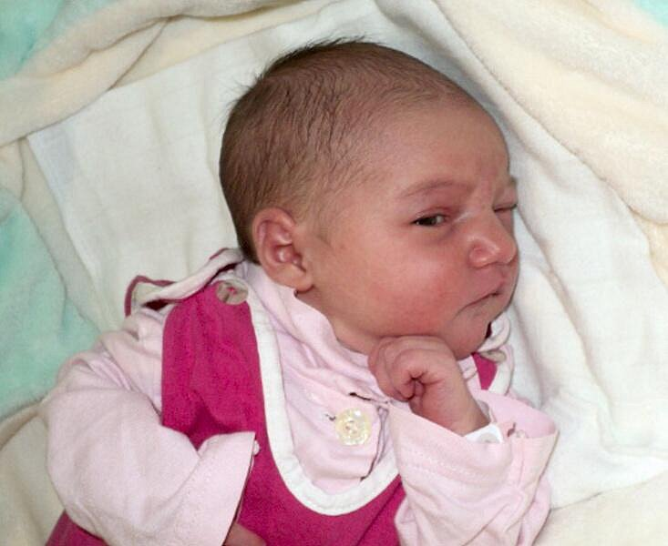 Klárka Keprtová, Skalička, narozena 21. února ve Šternberku, míra 48 cm, váha 2880 g