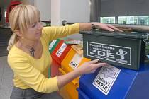Nepotřebné baterie mohou lidé odkládat i v budově magistrátu v Hynaisově ulici.