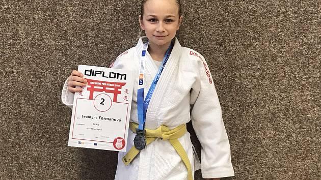 Mladá olomoucká judistka Leontýna Formanová sbírá medailové úspěchy.
