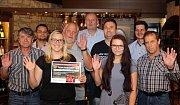 Zástupci Deníku ocenili úspěšné soutěžící hry Fortuna Tip liga v olomoucké restauraci M3