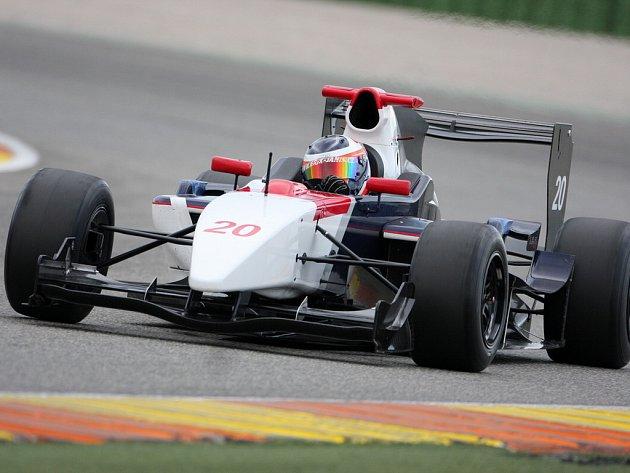 Erik Janiš v tomto týdnu testuje techniku na známém italském okruhu.