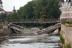 26.7.2018 - demolice olomouckého mostu přes Moravu u Bristolu.