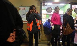 Vítr zastavil vlaky: olomoucké nádraží 29.10.