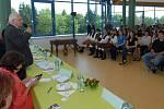 Prezident Klaus na hejčínském gymnáziu