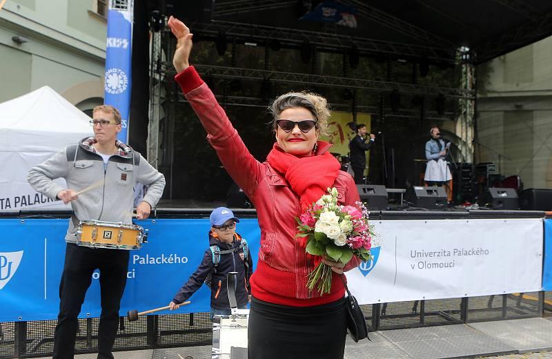 Herečka Erika Stárková, královna olomouckého majálesu 2019