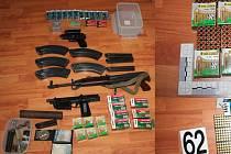 Část zbraní, ketré policisté zadrželi při akci Padrino