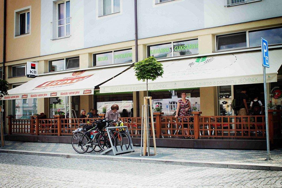 Regio kavárna a potraviny Ječmínek, Litovel
