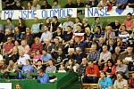 Olomoucké volejbalistky proti Prostějovu - třetí finálový zápas. Olomoučtí fanoušci