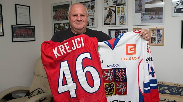Otec hokejového reprezentanta Davida Krejčího.