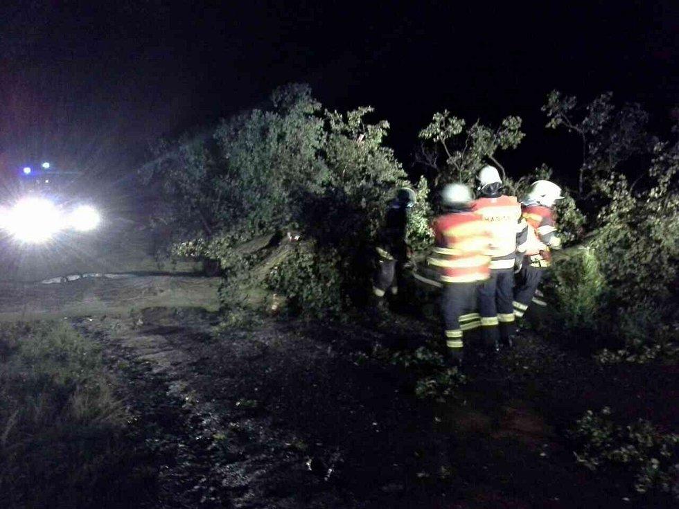 Následky nočních bouřek z 10. na 11. srpna