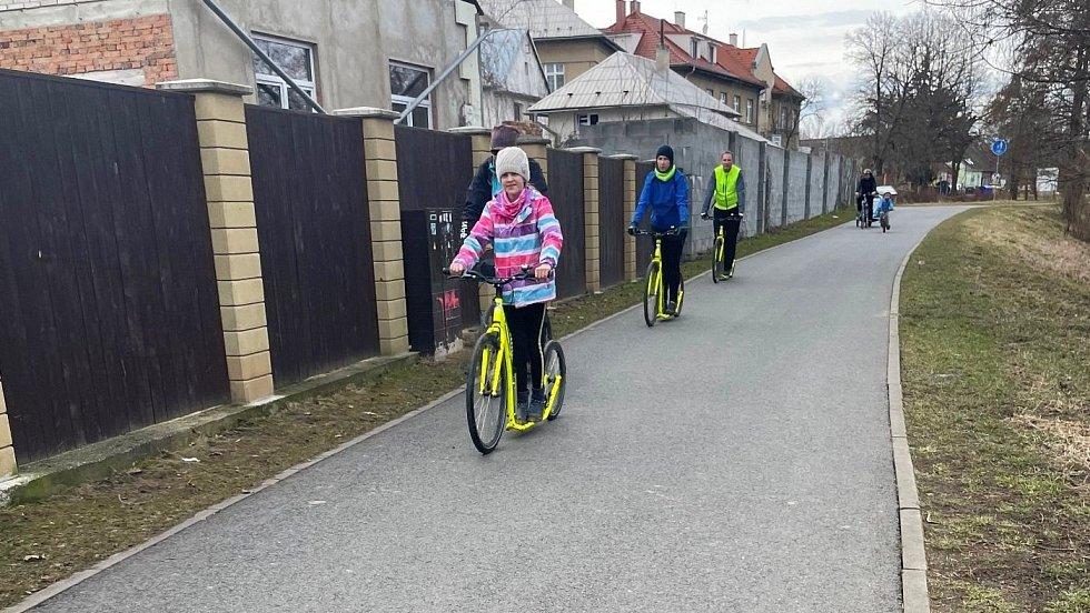 Stezka na Poděbrady podél Mlýnského potoka, neděle 14. března 2021