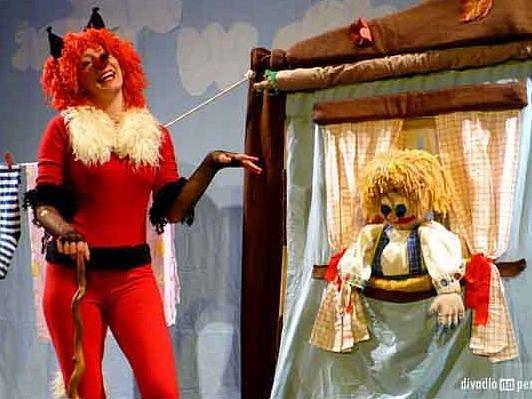 Zabudnutá rozprávka divadla Na peróne