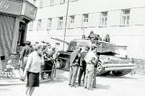 Polští vojáci ve Šternberku v roce 1968.