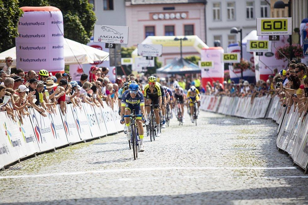 Etapový závod Czech Tour vyvrcholil ve Šternberku.