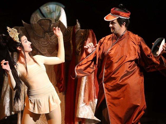 Pucciniho opera Turandot v Moravském divadle Olomouc