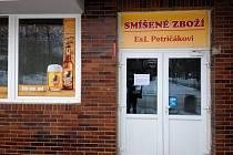 Jediný obchod ve Městě Libavá zavřel na konci roku 2015 (na snímku). Nahradila jej pojízdná prodejna