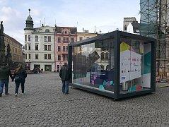 Infocentrum Mezinárodního festivalu rozhlasové tvorby Prix Bohemia Radio na Horním náměstí v Olomouci