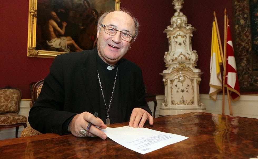 Arcibiskup olomoucký Jan Graubner při adventním on-line rozhovoru se čtenáři Deníku