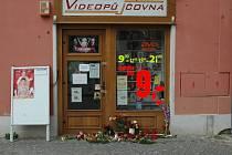 Videopůjčovna na šternberském náměstí, kde 29. července 2005 došlo k brutální vraždě mladé ženy.