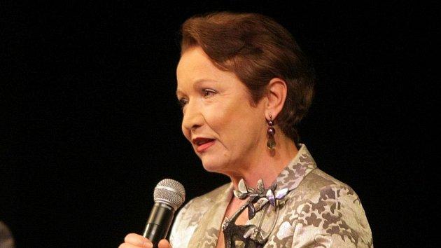 Hana Maciuchová na předávání Cen města Olomouce za rok 2009vMoravském divadle