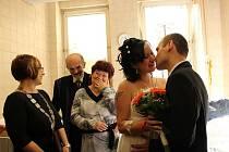 Svatba ve Fakultní nemocnici Olomouc přímo na porodním sále