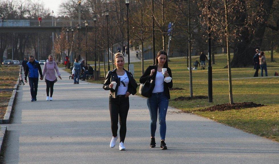 Smetanovy sady v Olomouci v pátek 26. března 2021