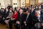 Prezident Zeman v Přerově. Beseda s občany v Městském domě