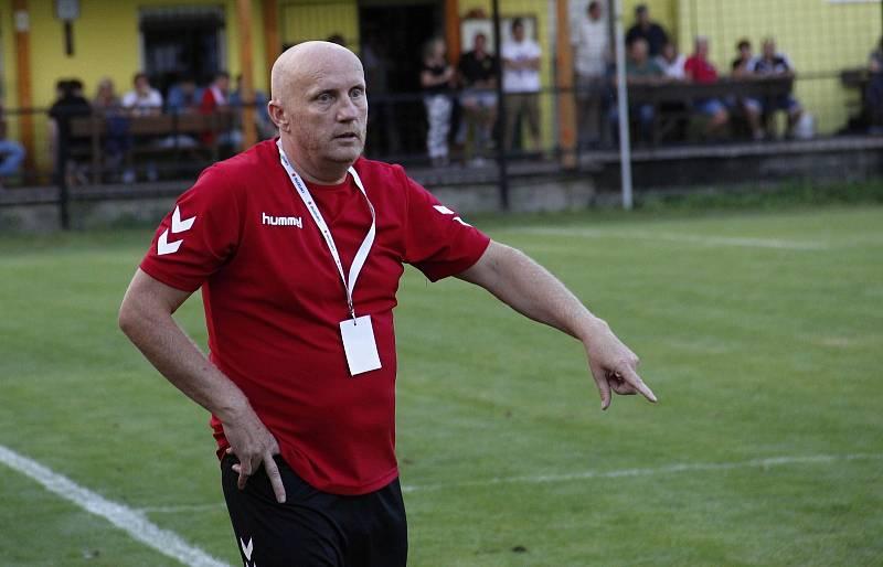 Trenér Nových Sadů Rostislav Sobek.