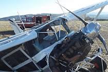Havárie letadla na letišti v Mikulovicích.