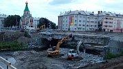 Bourání mostu přes řeku Moravu v Komenského ulici v Olomouci- 19. července 2018