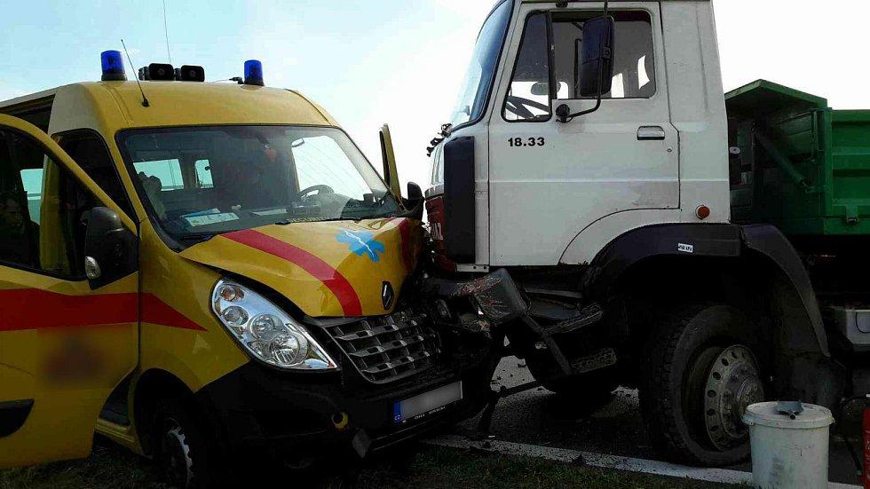 Nehoda u Chomoutova