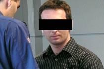 Muž podezřelý z vraždy prostějovského podnikatele u krajského soudu