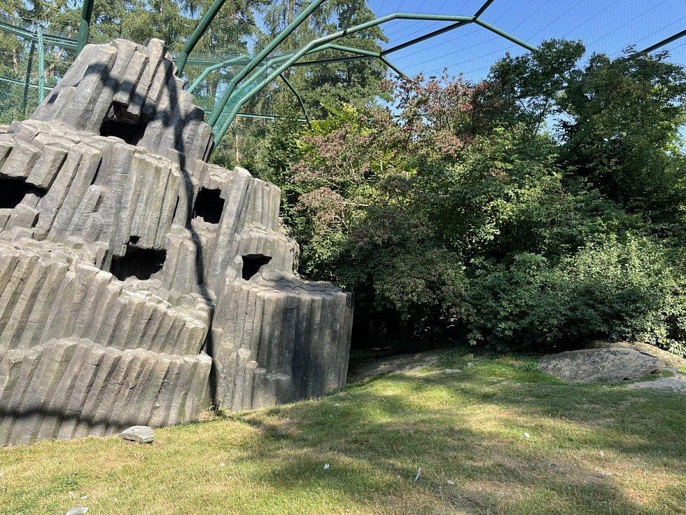 Průchozí ptačí voliéra Bábovka v olomoucké zoo