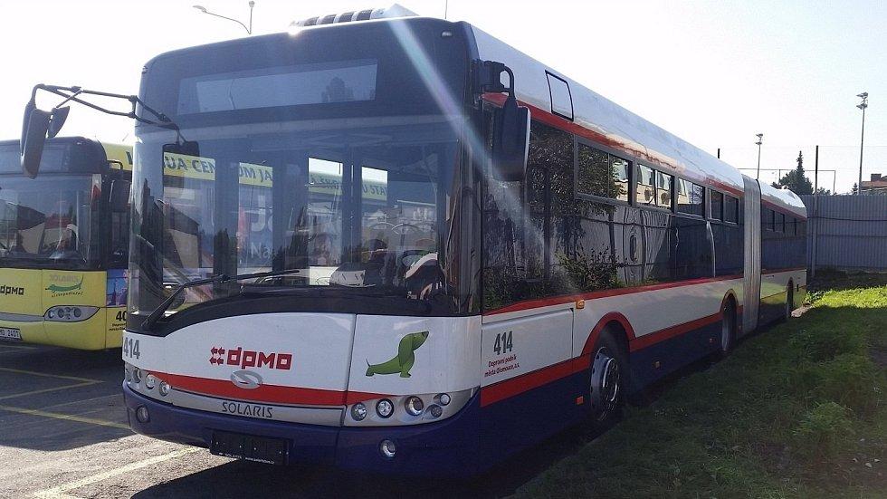 Autobus Solaris Urbino 18 v barvách Dopravního podniku města Olomouce