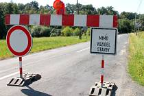 Silnice mezi Velkou Bystřicí a Mariánským údolím je uzavřená kvůli opravě mostu