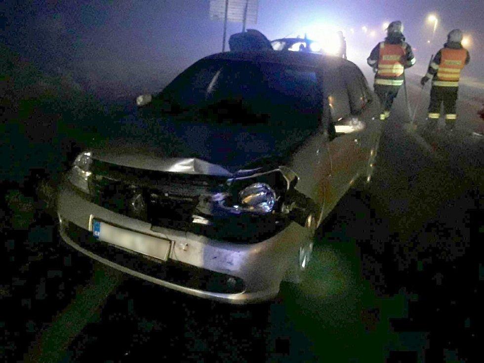 Srážka několika aut u Vikýřovic