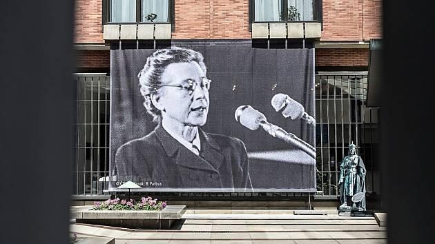 Uctění památky Milady Horákové. Ilustrační foto