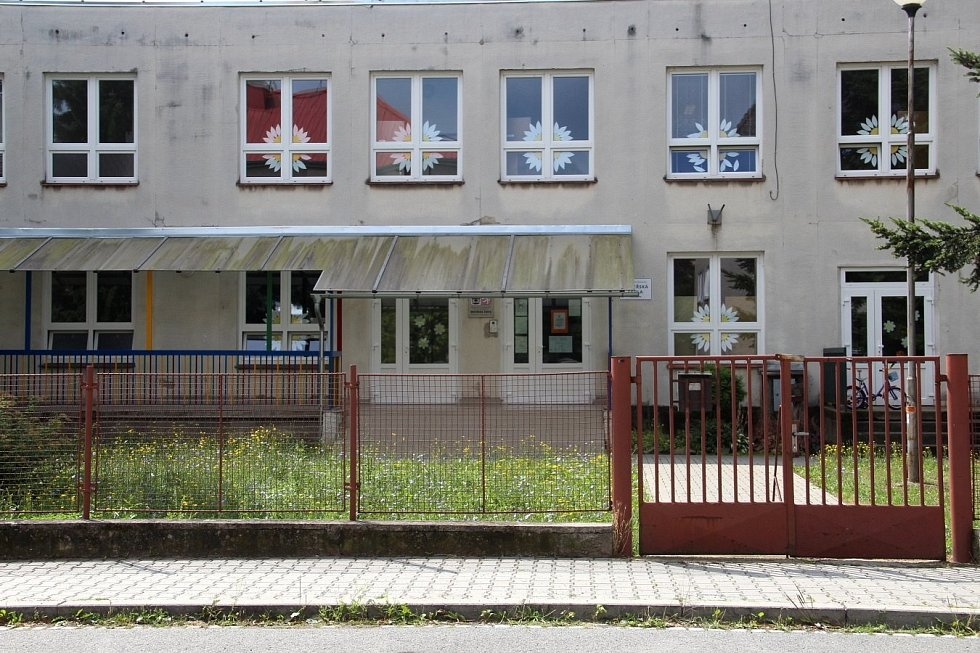 V areálu mateřské školy v Husitské ulici na olomouckém sídlišti Povel by měly vzniknout nové městské jesle