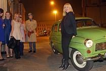 Jedna z prvních československých modelek Melánie Vančurová byla hostem olomoucké talk show Davida Hrbka v Divadle hudby