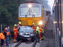 Srážka vlaku se superbem v sobotu 8. října mezi Moravičany a Červenkou