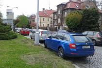 Kvůli velkému zájmu návštěvníků o jarní etapu výstavy Flora strážníci i na neděli doporučují nechat auto v okrajových částech města a jet autobusem.