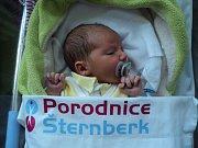 Dominik Svozil, Šternberk, narozen 2. února, míra 50 cm, váha 3200 g