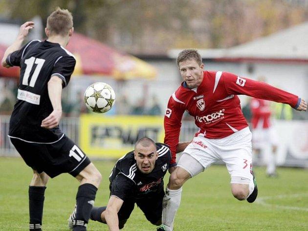Pardubice proti HFK Olomouc (v černém)