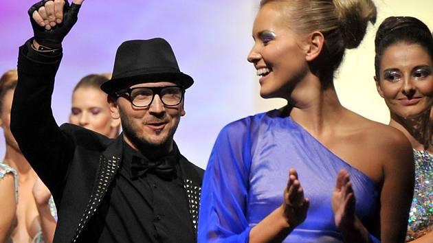 Luděk Hanák patří mezi nejúspěšnější české módní návrháře. Na snímku jsou modelky oblečené v kolekci Rainbow podzim/zima 2012. I tyto modely budou k vidění na Hanáckých Benátkách.