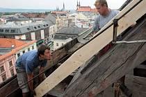 Oprava krovů střechy chrámu svatého Mořice