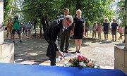 Pieta ke 100. výročí vypuknutí 1. světové války na vojenském hřbitově v olomoucké části Černovír, kde jsou pohřběny ostatky vojáků 13 národností ze všech koutů rakouské monarchie