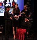 Eva Kacanu získala cenu mezi handicapovanými sportovkyněmi. Vyhlášení Sportovce Olomouckého kraje za rok 2014 v Městském divadle v Prostějově