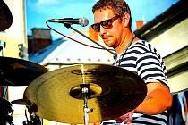 Pavel Richter za bicími v Uničově